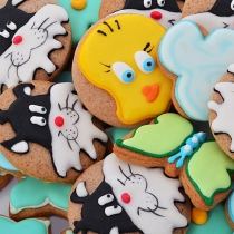 cookies with Tweety