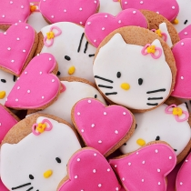 cookies with Hello Kitty